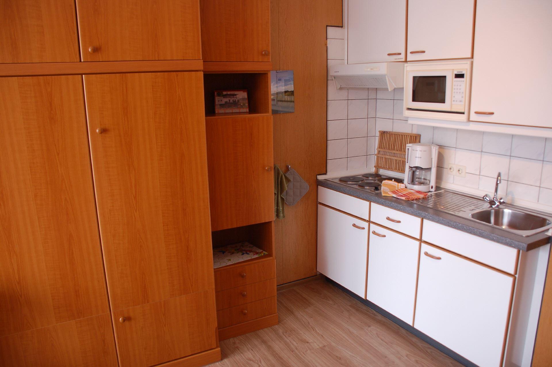 wohnung 5. Black Bedroom Furniture Sets. Home Design Ideas